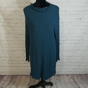 FREE PEOPLE/ WE THE FREE sleeved LG sweater dress